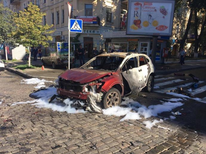 У столиці загинув журналіст Павло Шеремет - фото 3