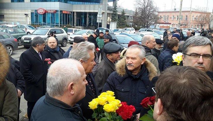Хто з політиків прийшов на похорон Гонгадзе - фото 4