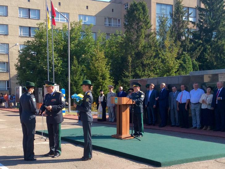 В Україні на дві з лишнім сотні побільшало прикордонників - фото 19