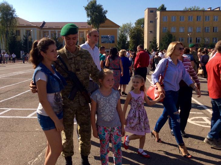 В Україні на дві з лишнім сотні побільшало прикордонників - фото 23
