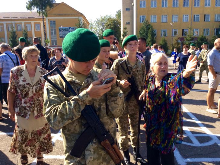 В Україні на дві з лишнім сотні побільшало прикордонників - фото 25