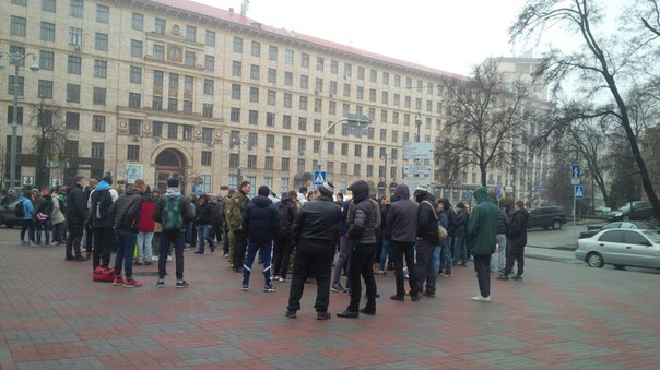"""""""Азовці"""" організували ходу на підтримку Краснова - фото 2"""