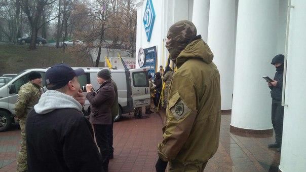 """""""Азовці"""" організували ходу на підтримку Краснова - фото 3"""
