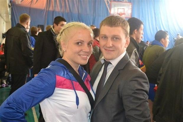 Чоловік, який загинув сьогодні, 29 січня, разом з маленькою дочкою у ДТП на трасі Харків-Сімферополь, - відомий спортсмен з Горлівки Антон Самчук - фото 1