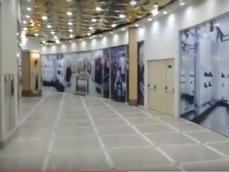 На Росії відкрився намальований ТЦ Пасаж (ФОТО, ВІДЕО) - фото 1