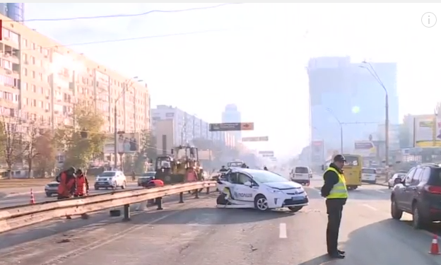 УКиєві вподвіному ДТП постраждали поліцейські