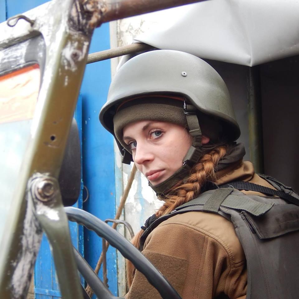 Краса рятує Україну: ТОП-10 красунь-бійців АТО - фото 5