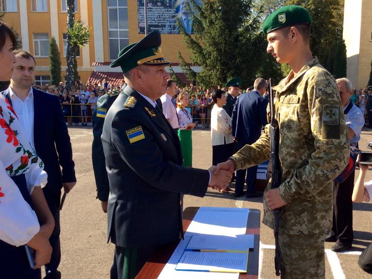 В Україні на дві з лишнім сотні побільшало прикордонників - фото 12
