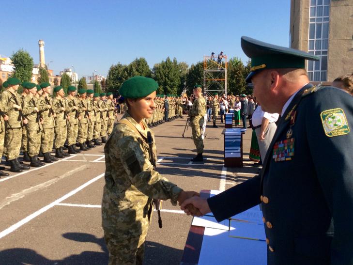 В Україні на дві з лишнім сотні побільшало прикордонників - фото 16