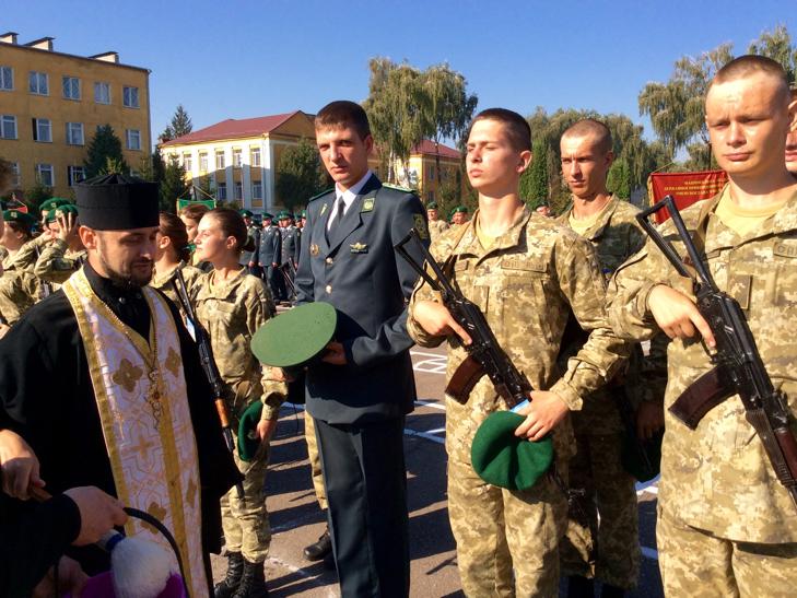 В Україні на дві з лишнім сотні побільшало прикордонників - фото 20