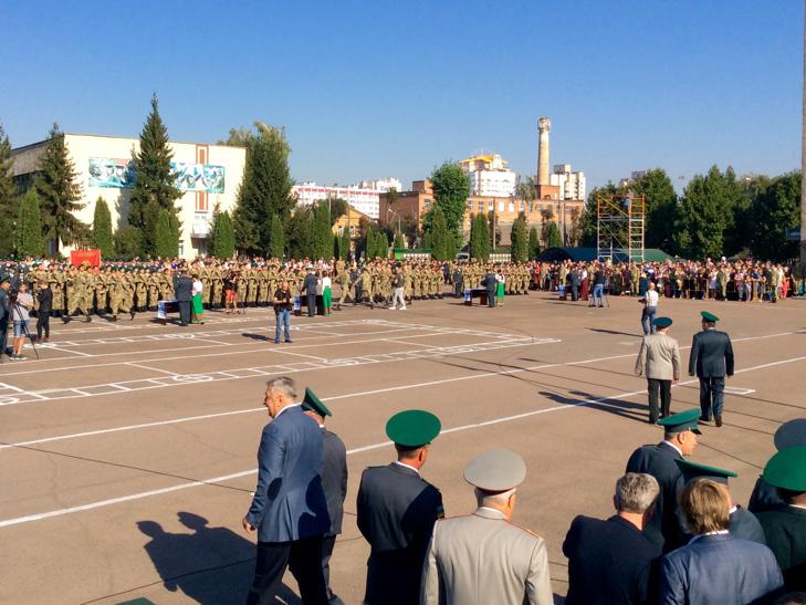 В Україні на дві з лишнім сотні побільшало прикордонників - фото 9