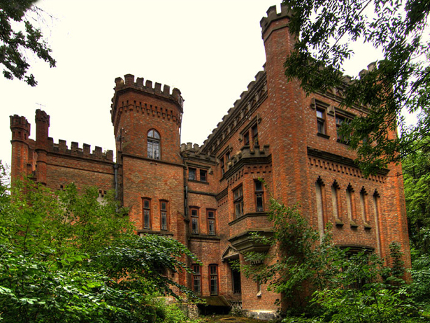 Одразу дві фортеці, що на Хмельниччині увійшли в 9 українських замків-фортець-палаців, які вражають своєю красою - фото 1