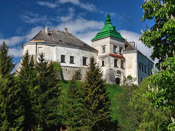 Одразу дві фортеці, що на Хмельниччині увійшли в 9 українських замків-фортець-палаців, які вражають своєю красою - фото 6