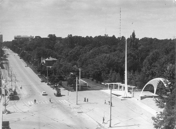 Забуті каруселі та фонтан без скульптур: як виглядав вінницький парк десятиліття тому - фото 3