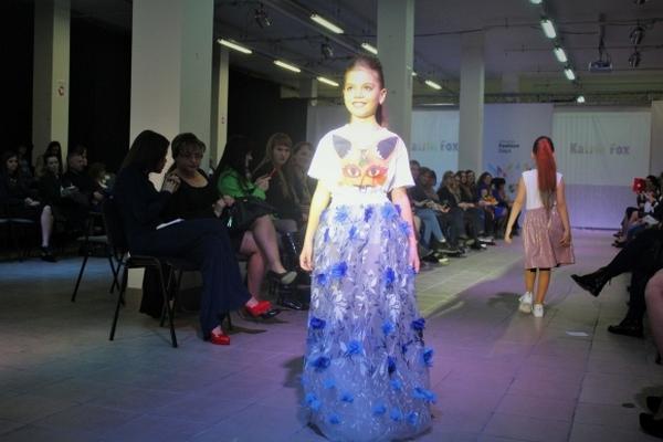 """Чим дизайнери-ветерани та дебютанти """"спокушали"""" вінницьких модників - фото 44"""