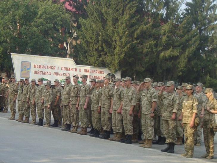 Військові з Кам'янця знову вирушили на Донбас - фото 2