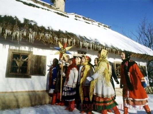 """Як колись """"доїли"""" голову колгоспу та інші цікавинки святкування Щедрого Вечора на Вінниччині - фото 1"""