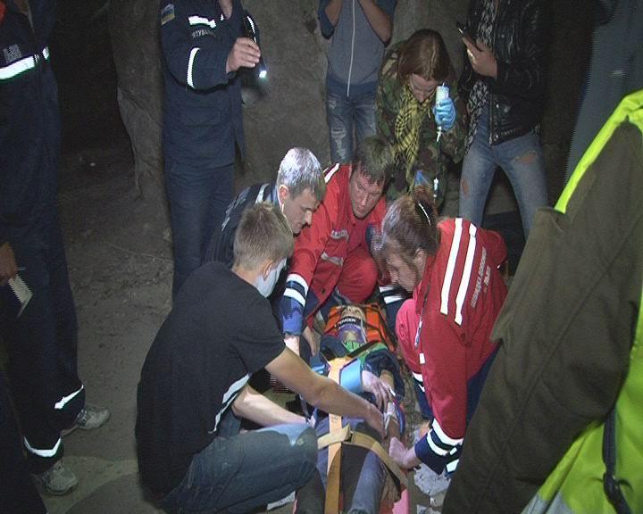 На Львівщині юнак зірвався зі скелі (ФОТО) - фото 1