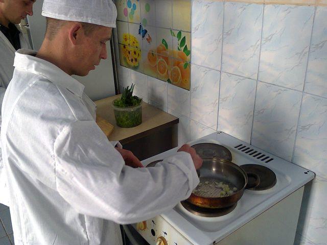 На Миколаївщині зеки боролися за звання шеф-кухаря колонії - фото 2
