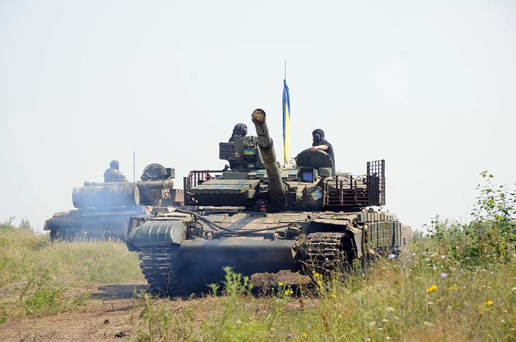 На Харківщині танкісти після повернення з АТО вступили в бій  - фото 5