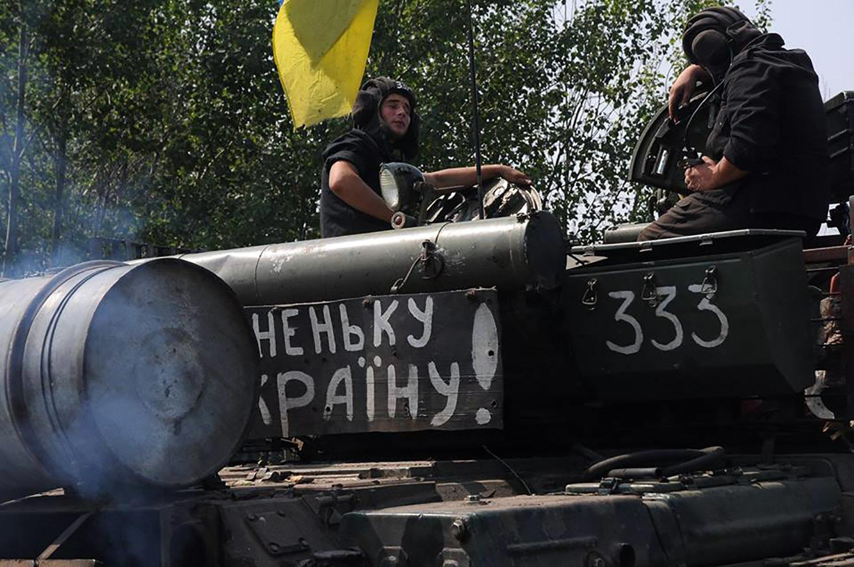 На Харківщині танкісти після повернення з АТО вступили в бій  - фото 4