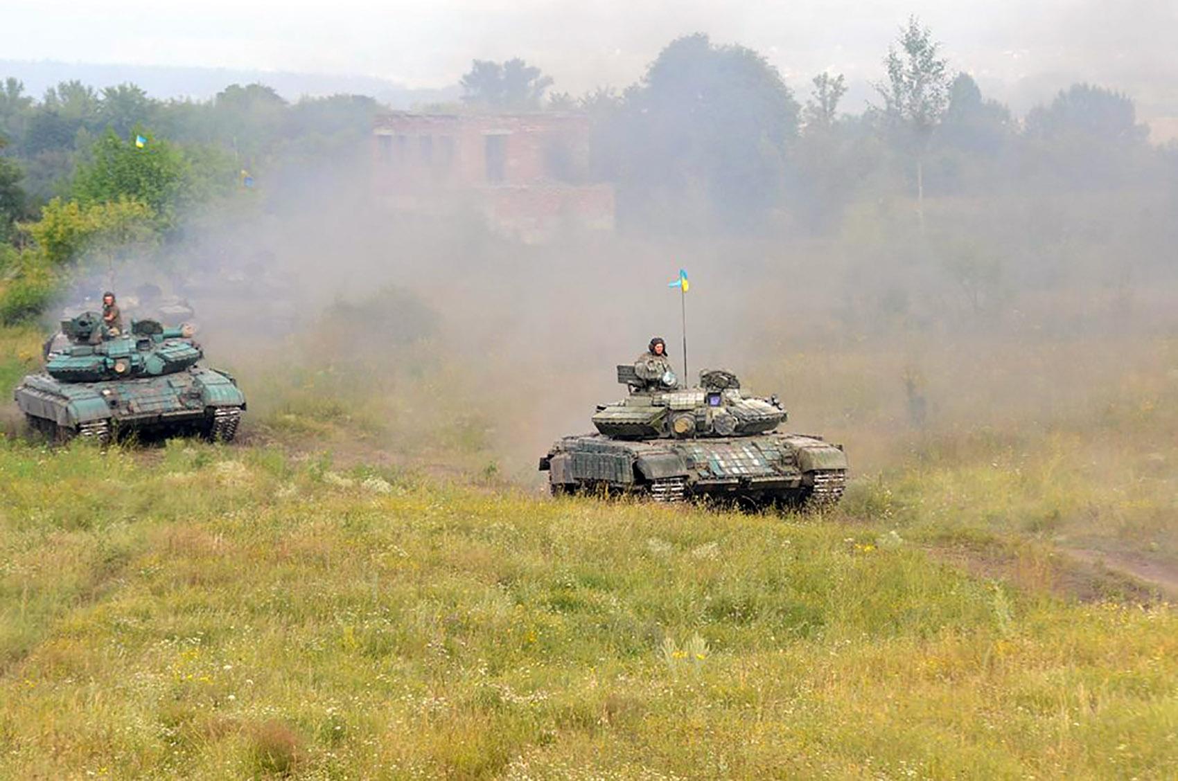 На Харківщині танкісти після повернення з АТО вступили в бій  - фото 3