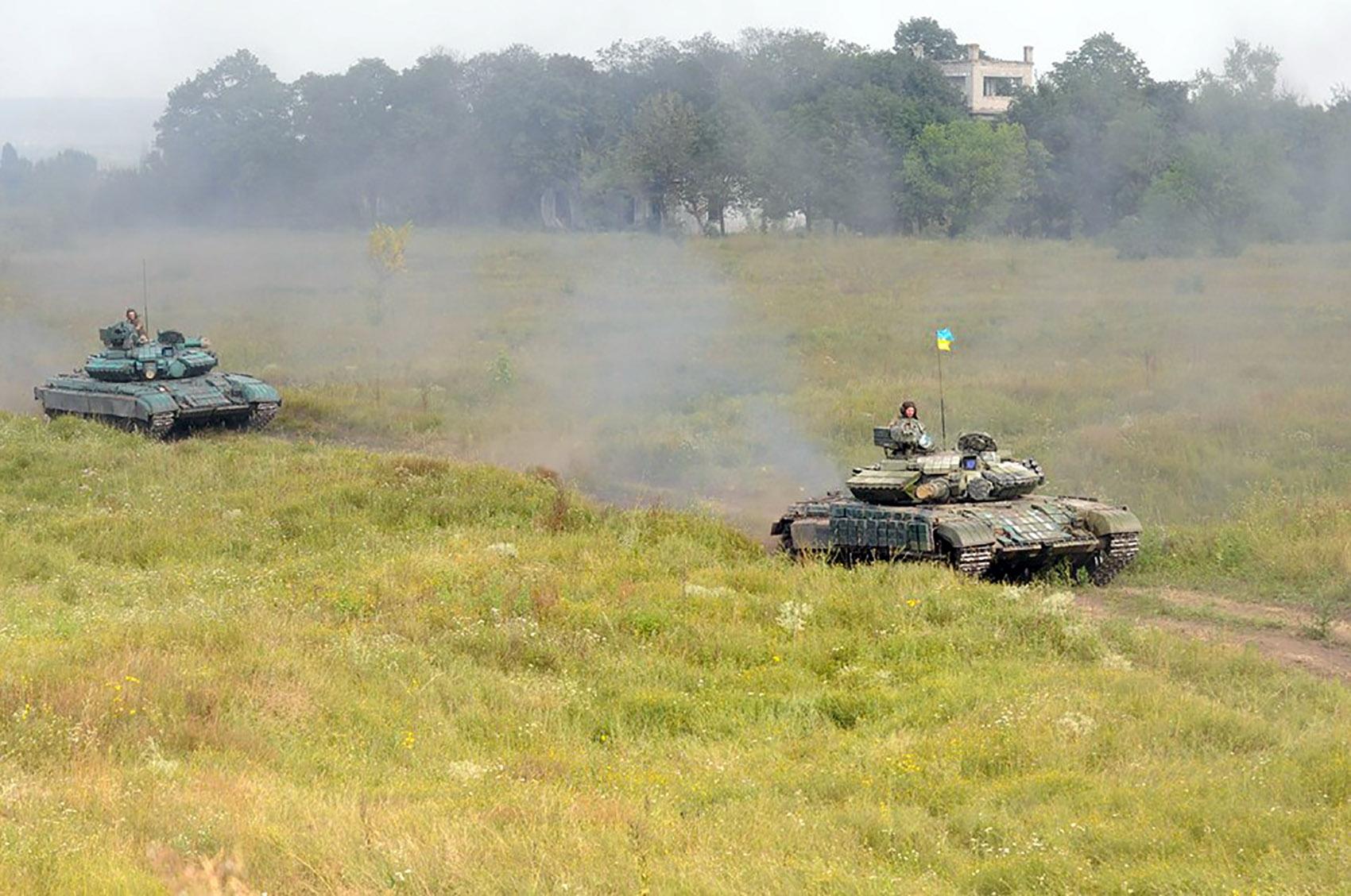 На Харківщині танкісти після повернення з АТО вступили в бій  - фото 2