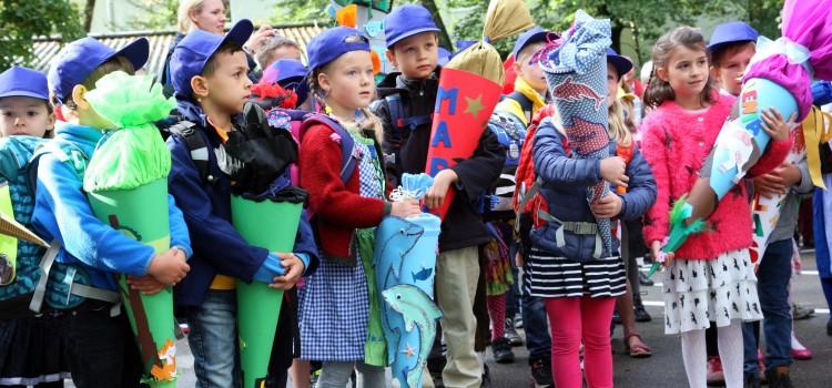 День знань: у всьому світі свято для дітей, а в нас – як на Росії - фото 4