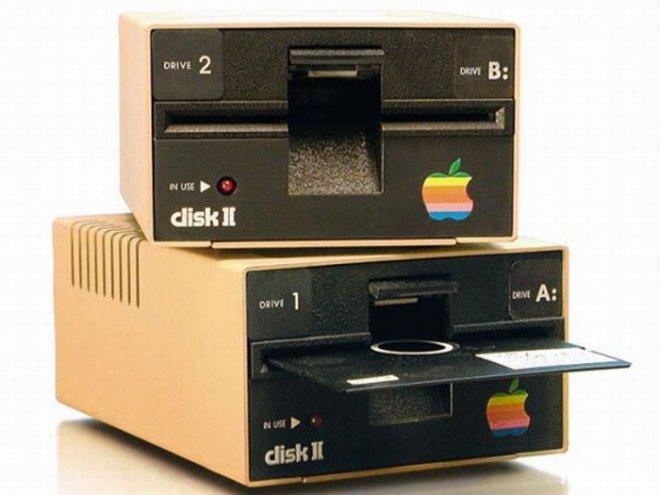 Еволюція продукції Apple: від Macintosh до iMac - фото 2
