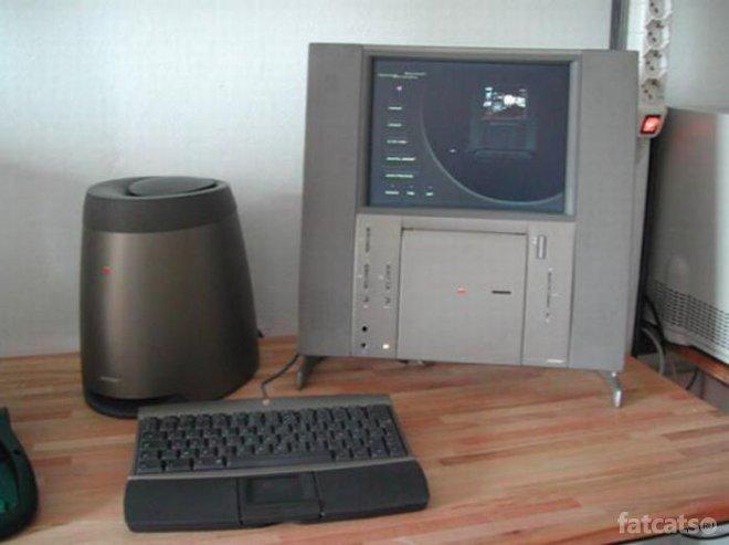 Еволюція продукції Apple: від Macintosh до iMac - фото 17
