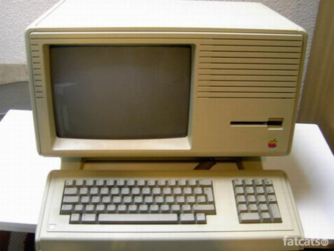 Еволюція продукції Apple: від Macintosh до iMac - фото 9