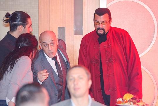 Як Лорак в компанії друзів Путіна розважалася  - фото 2