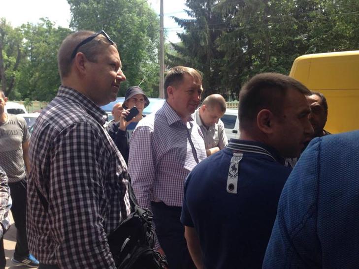 """Рибних """"народних"""" підприємців намагалися """"потрусити"""" у Хмельницькому - фото 10"""