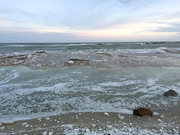 """Азовське море відрізає Бердянську косу від """"великої землі""""   - фото 4"""