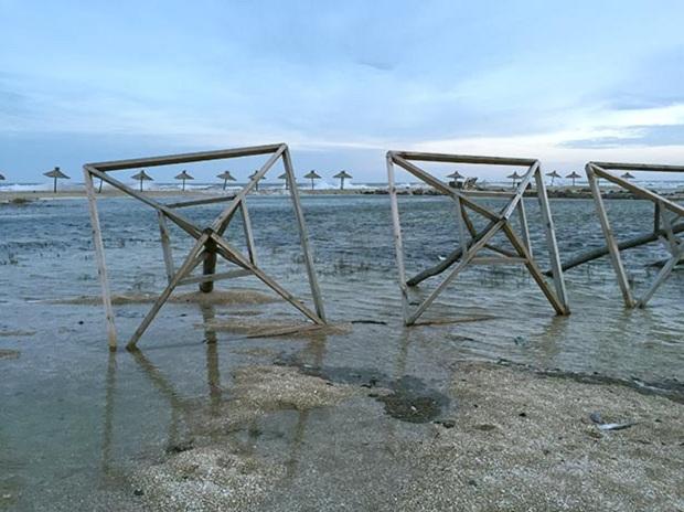 """Азовське море відрізає Бердянську косу від """"великої землі""""   - фото 2"""