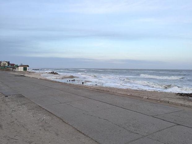 """Азовське море відрізає Бердянську косу від """"великої землі""""   - фото 10"""