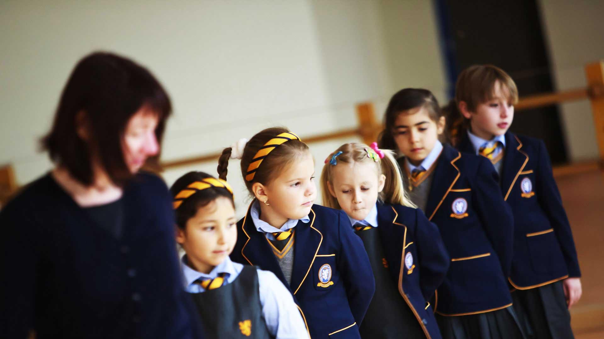 День знань: у всьому світі свято для дітей, а в нас – як на Росії - фото 7