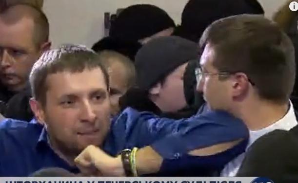 """Парасюк з """"укропівцями"""" побили прокурора - фото 1"""