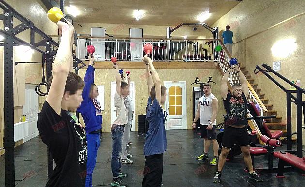 """На Запоріжжі """"важких"""" підлітків залучають до здорового способу життя і спорту  - фото 1"""