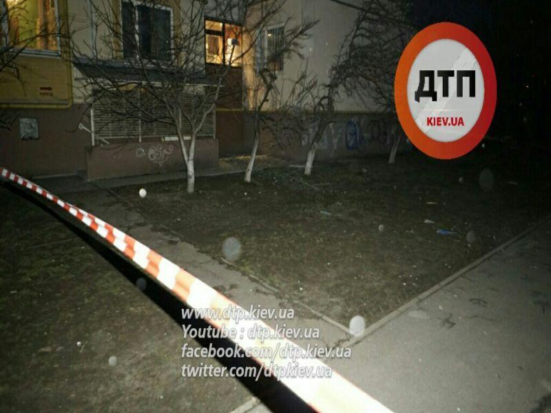 У Києві вночі прогримів потужний вибух - фото 1