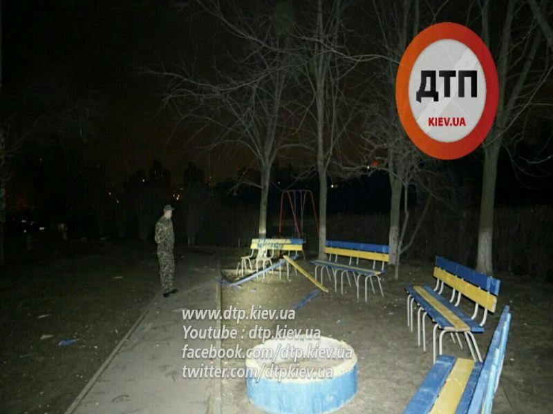 У Києві вночі прогримів потужний вибух - фото 3