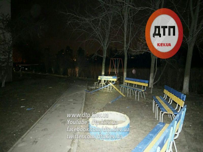 У Києві вночі прогримів потужний вибух - фото 5