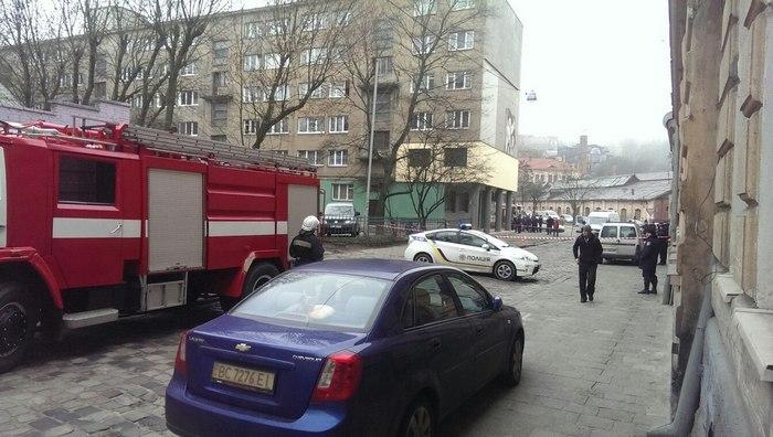 З'явилися фото замінування СБУ у Львові - фото 2