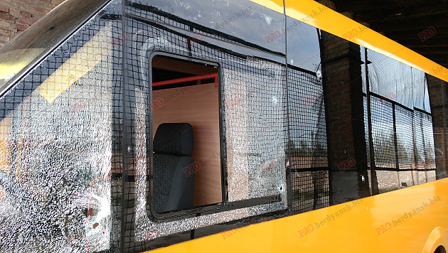 У Бердянську невідомі намагалися підірвати пасажирський автобус  - фото 1