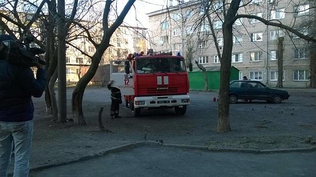 """На місці працюють представники """"швидкої"""", ГСЧС і поліції - фото 3"""