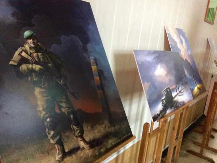 Подвиги прикордонників експонуються на полотнах Беати Куркуль в Хмельницькому - фото 6