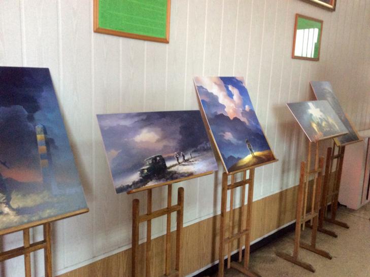 Подвиги прикордонників експонуються на полотнах Беати Куркуль в Хмельницькому - фото 2