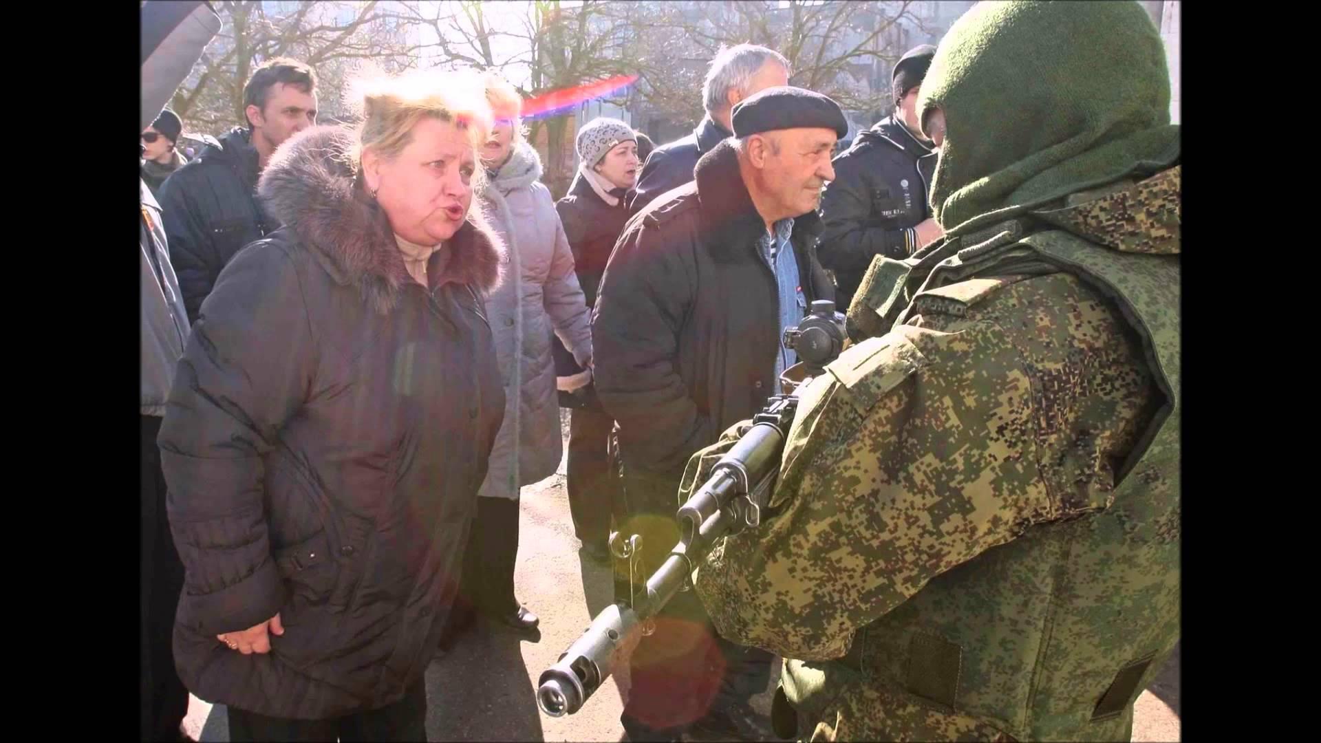 Хроніки окупації Криму: кримчанам рвуть паспорти, а Гоблін залякує фізичним знищенням - фото 10