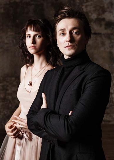 Безруков та Хабенський вперше офіційно представили своїх нових дружин  - фото 4