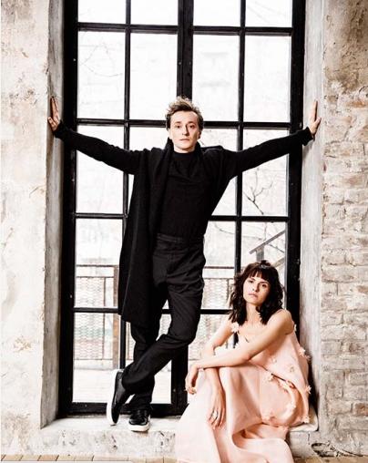 Безруков та Хабенський вперше офіційно представили своїх нових дружин  - фото 3